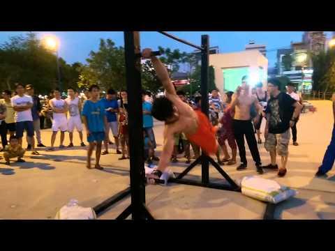 Vietnam Battle Freestyle Bar