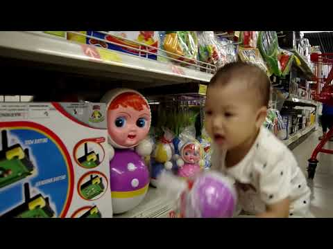 An Nhi baby has an interesting shopping experience at Supermarket | Experience games