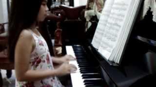 love story ( câu chuyện tình) piano cover by Huong