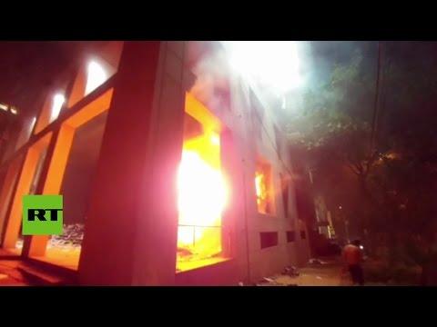 las-protestas-contra-la-enmienda-a-la-constitución-en-paraguay-acaban-en-fuertes-disturbios