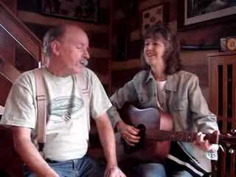 """Fishin' Blues"" Annie & Mac Old Time Music Moment"