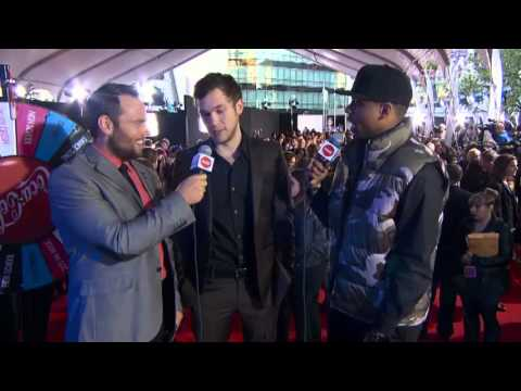 Phillip Phillips Red Carpet Interview - Coca Cola Red Carpet LIVE!@ the 2012 AMAs