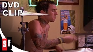 Blink-182 - What's My Age Again? (Live From The Pizza Place)