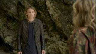 Repeat youtube video Arthur & Guinevere love scene [Camelot]