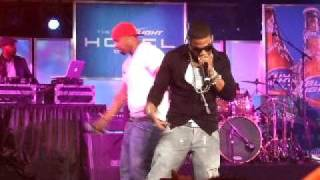 Grillz - Nelly Live