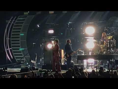 Harry Styles - Kiwi - iHeart Radio Music Festival 2017