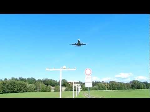 Lufthansa B737-500 Krasser Landeanflug am Flughafen Dresden