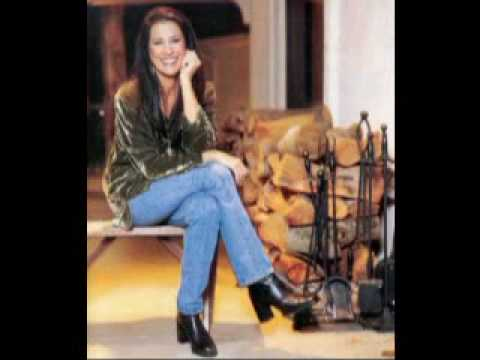 """RITA COOLIDGE - """"I'd Rather Leave While I'm In Love"""" (1979)"""
