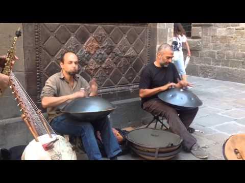 STREET MUSIC:  Barcelona, Spain