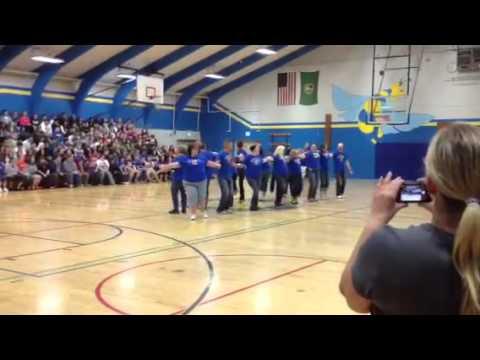 Centralia middle school flash mob
