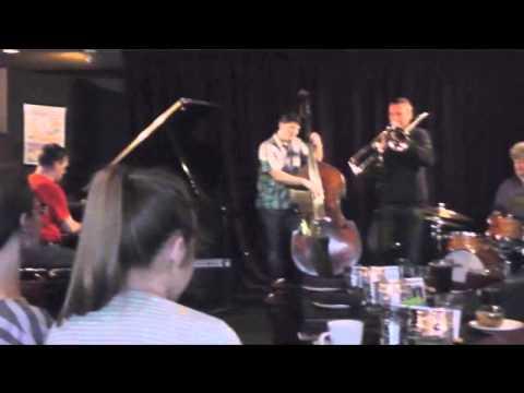 Trombone virtuoso, Phil Abraham, with Danny Kolke   4B / 8