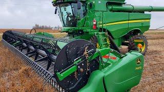 John Deere S780 Harvest Debut