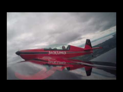 Aerobatic stunt pilot takes reporter for ride of her life