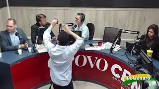 Jornalista da CBN tenta intimidar Bolsonaro e recebe respostas na lata em entrevista