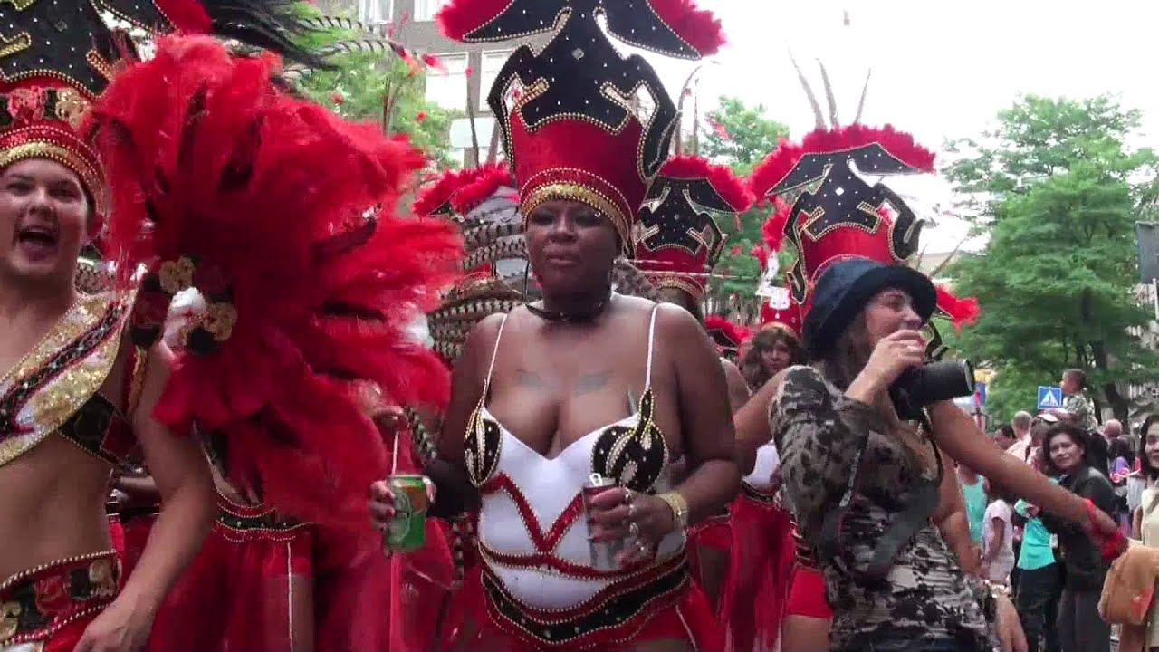 Zomercarnaval 2010 Rotterdam Witte de With straat - YouTube