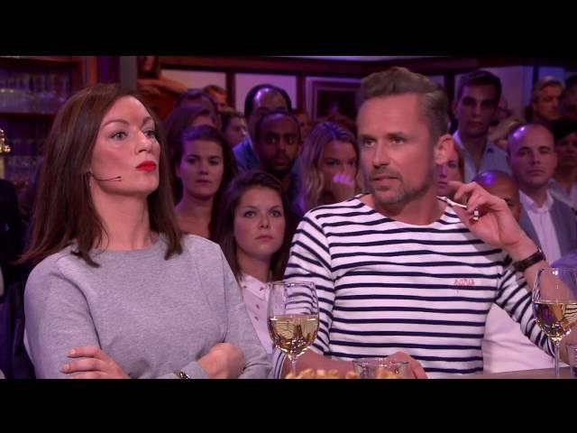 Mounir bij RTL Late Night - Homohaat; 'Het raakt mij' (18-10-2016)