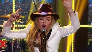 "[HD] ZZ Ward - ""365 Days"" 1/30/14 Craig Ferguson"