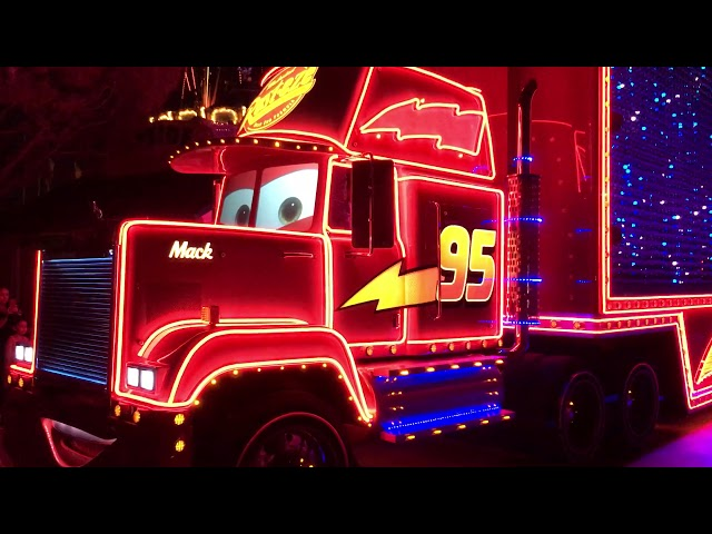 PAINT THE NIGHT Electrical Parade | Pixar Pier in Disneyland's California Adventure | 1080 HD 60 fps