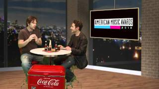 """Twilight"" Actor Billy Burke Talks About His Dream Car - AMAs 2010"