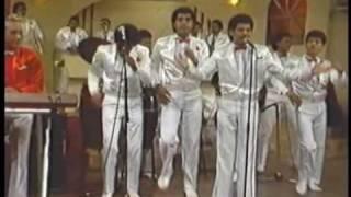 DIONI FERNANDEZ feat SERGIO VARGAS - Los Diseñadores (80