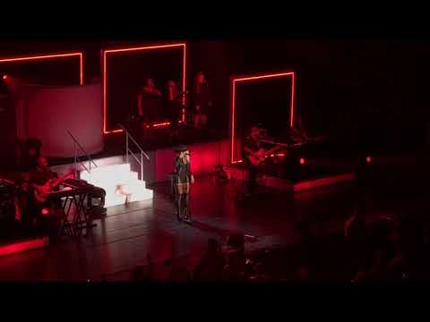 Mary J Blige 'Set Me Free' Strength Of A Woman Tour St. Louis
