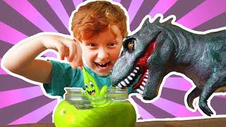Лёва и Папа играют с Динозавром и Правила поведения детей