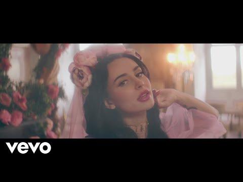Ilira - Royalty mp3 letöltés