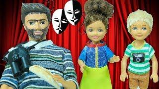 Barbie ve Ailesi Bölüm 198   Tiyatro Provası Mahvoldu   Çizgi film tadında evcilik oyunları