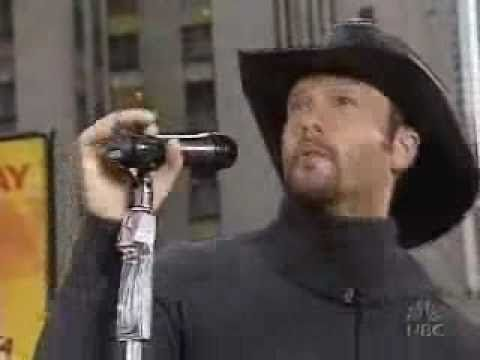 Tim McGraw performs 'Back When'.