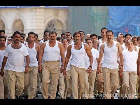 Ajay Devgn Gets 2500 Cops Shirtless In Singham Returns! – Review