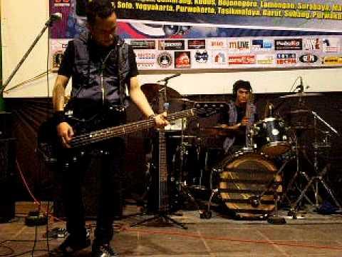 AEROB Band - Rasakan, Dengarkan, Detakkan by AEROB (Live @CSB Cirebon).