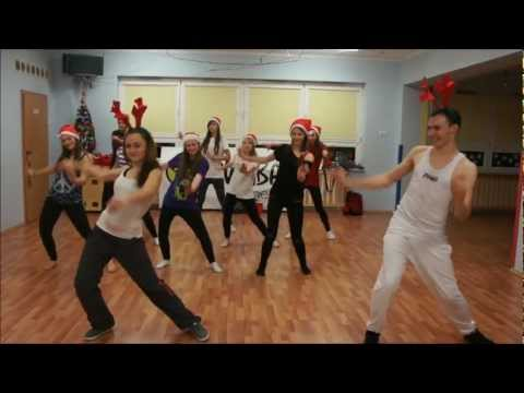 ZUMBA fitness - Rudolph The Red Nosed Reindeer