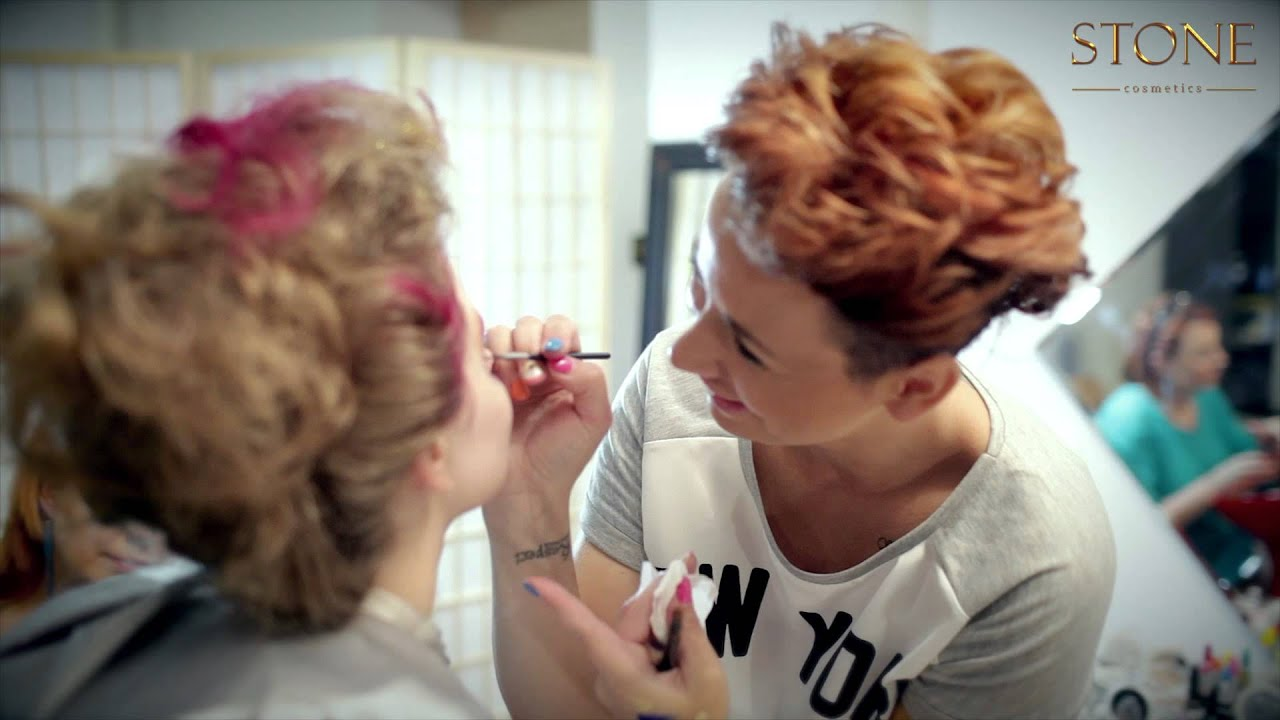 Make up Trendy Making Of
