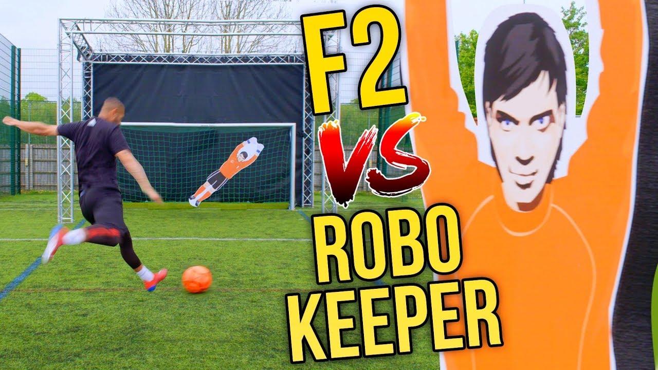 F2 VS INSANE ROBOT KEEPER! 🤖