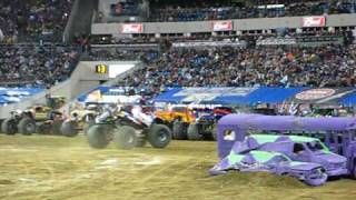 NITRO CIRCUS FIRST MONSTER TRUCK BACKFLIP