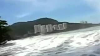 Tsunami hits Malaysia in penang new video