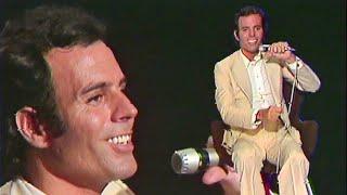 Julio Iglesias - Soy ~ Niña ~ Mi amor es mas joven que yo