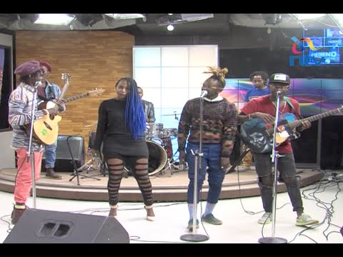 Dela and H_art the band perform Adabu live on #theTrend