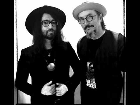 The Claypool Lennon Delirium - Cricket and the Genie