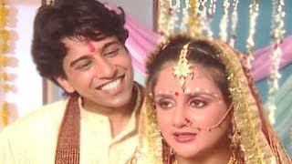 Repeat youtube video Husband Asks Question On Suhaagrat - Hindi Joke 19