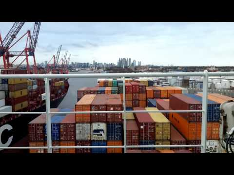 "Container Ship ""E.R. DENMARK"" - Departure - ""HIGHWAY TO HELL""- AC/DC - Cover 2CELLOS with Steve VAI"