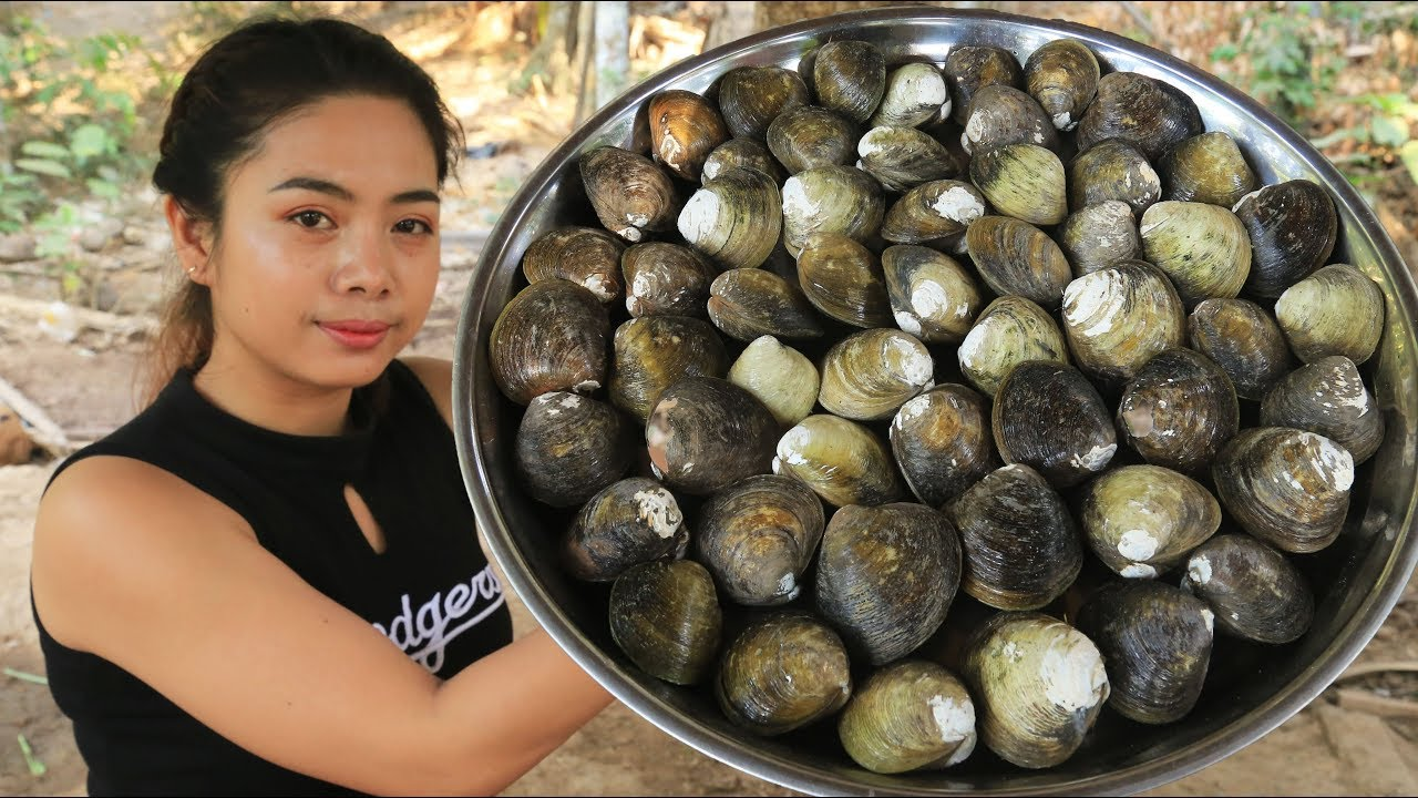 Yummy cooking Clam Tom Yum recipe - Cooking skill - YouTube