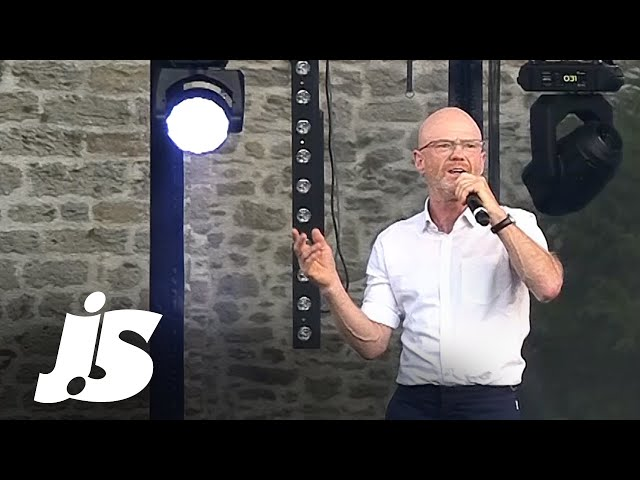 Jimmy Somerville - You Make Me Feel (Mighty Real) (Live in France, 2018)