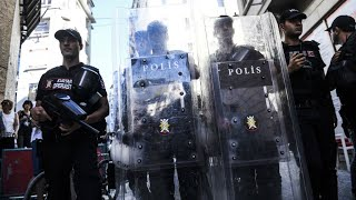 Turkey: Police clash with Gay Pride activists in Istanbul