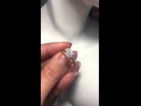 Помолвочное кольцо с бриллиантом 1,10 карат - Артикул 124