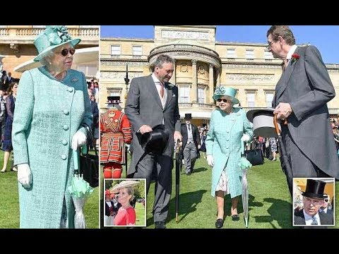 The Queen Elizabeth welcomes hundreds to Buckingham Palace garden party
