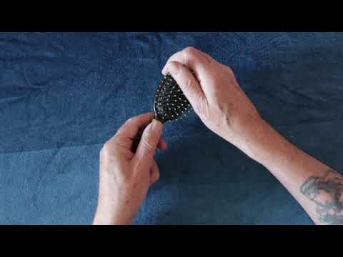(ASMR) Rubbing sound with rubber tipped hair brush.