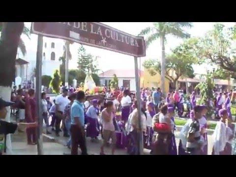 Prosecion infantil en Nahuizalco (Lunes santo)