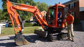 How to Operate a Mini-Excavator