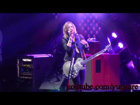 Halestorm I Get Off Live HD HQ Audio!!!! Mohegan Sun Arena